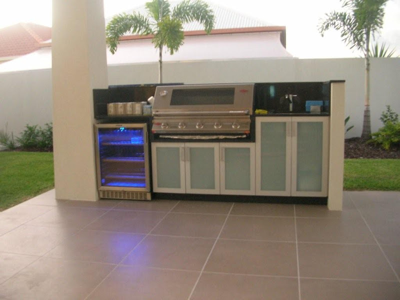 Outdoor kitchens bbq brisbane sunshine coast new for Outdoor kitchen australia